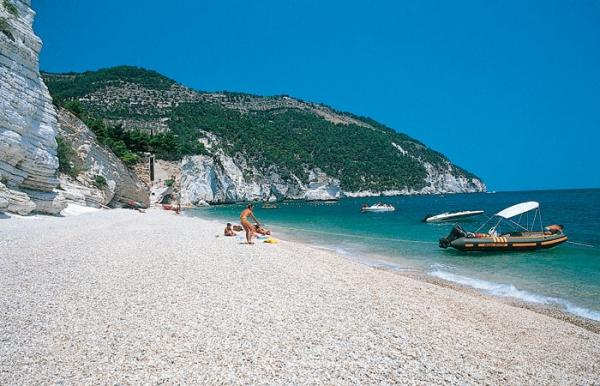 Marina di Lesina: i villaggi turistici low cost a due passi dal mare