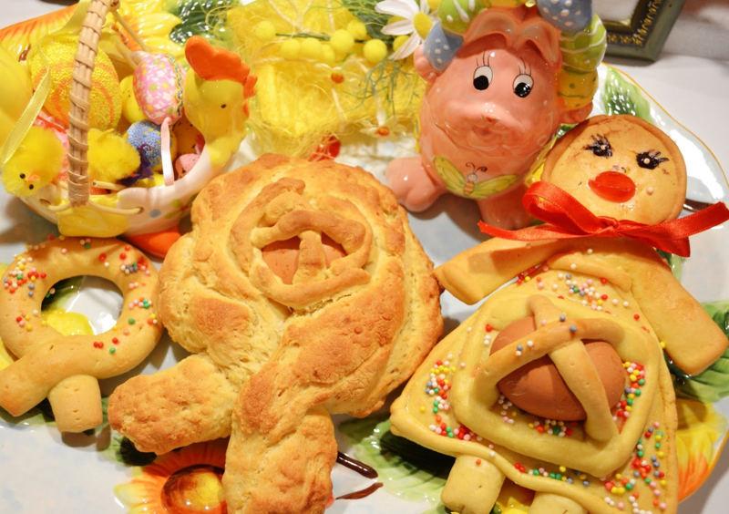 Cadduzzu e pupa: Dolci tipici di Pasqua del Salento