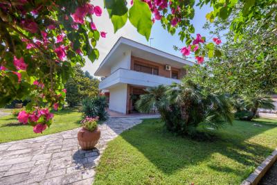 Villa con piscina a Lecce nel Salento